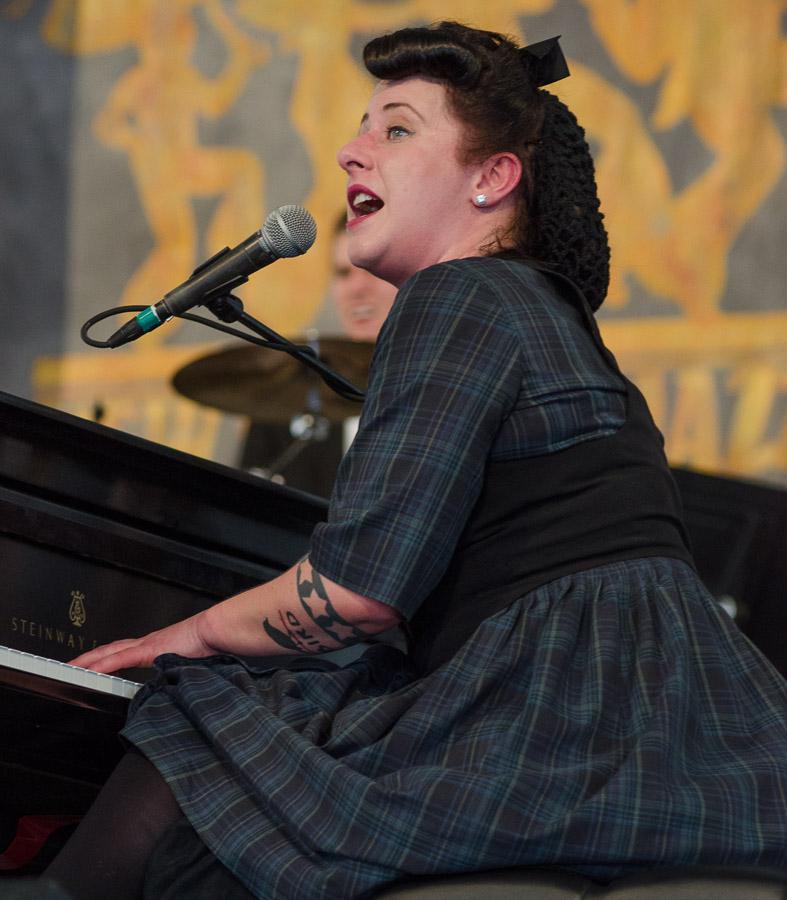 2012  Jazz Fest, Davina & The Vagabonds, New Olreans Jazz and Heritage Festival